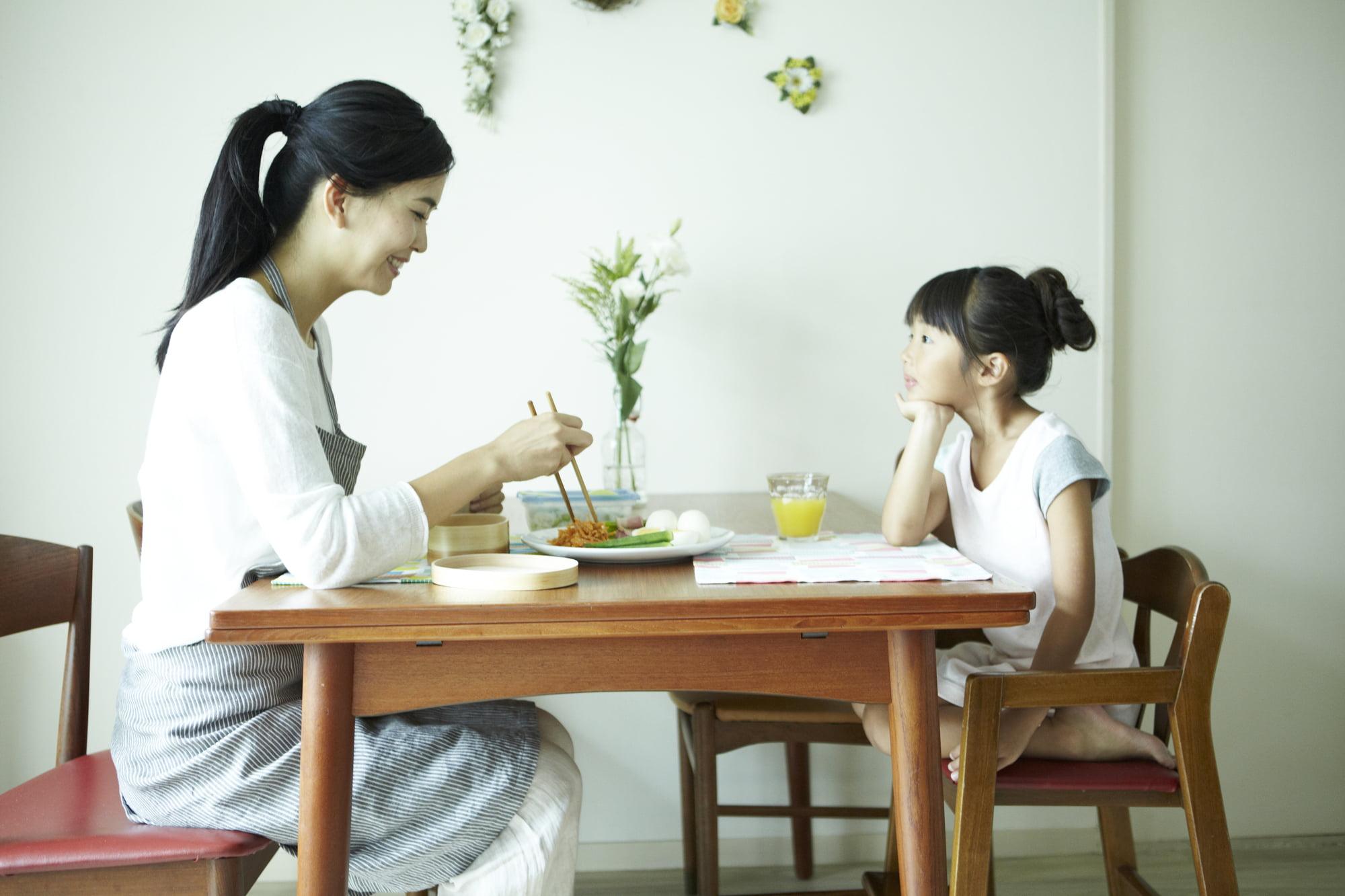 派遣-シングルマザーの食卓風景