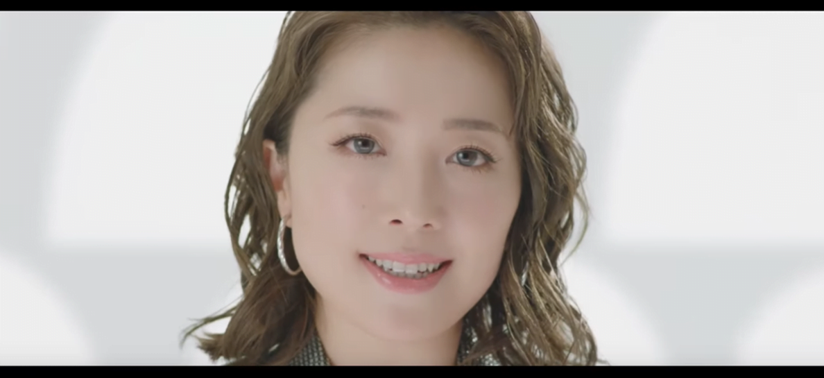 派遣-スタッフサービスのCMに登場する平原綾香さん