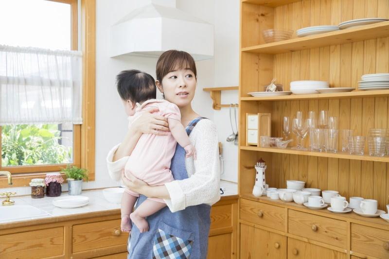 育児と派遣で両立に悩む主婦