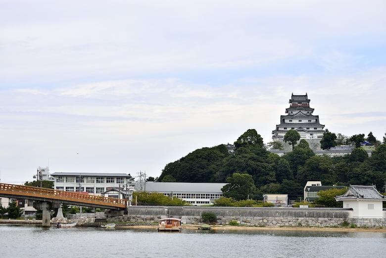 佐賀県の唐津城