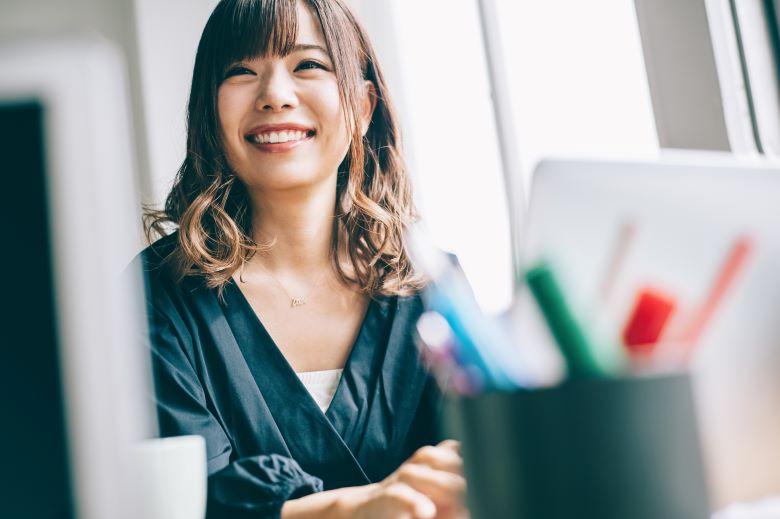 派遣-大阪で紹介予定派遣として働く女性