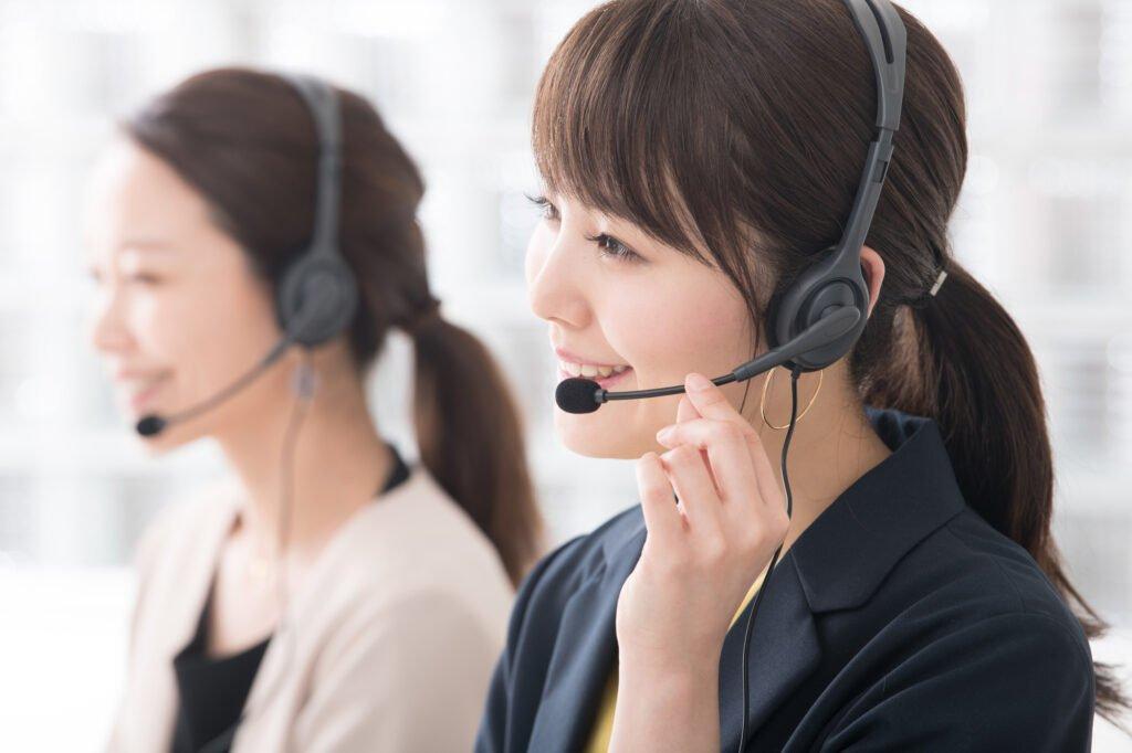 派遣-コールセンターの女性