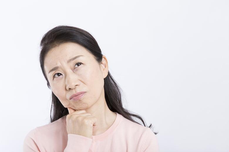 派遣-悩む40代女性