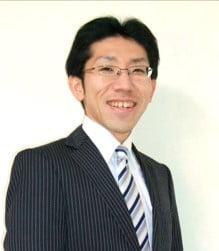岡 晴雄 様のお写真